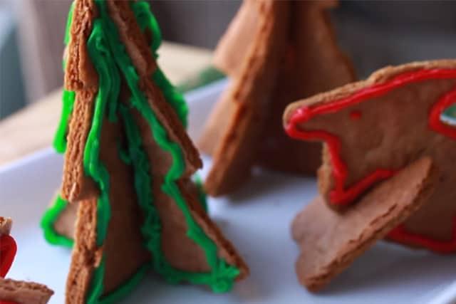 christmas tree and reindeer gingerbread cookies