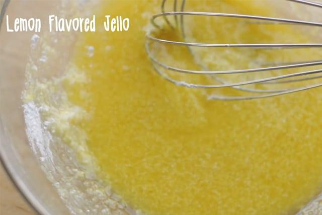 mixture of lemon jello