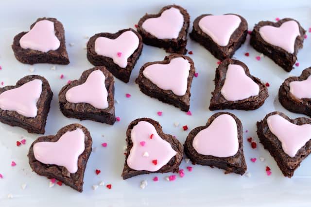 brownie heart bites