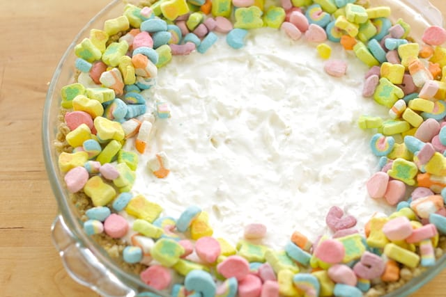 st patrick's day cheeesecake with marshmallows