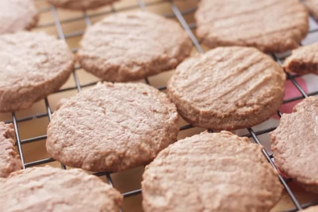 freshly baked Nutella cookies on a cooling rack