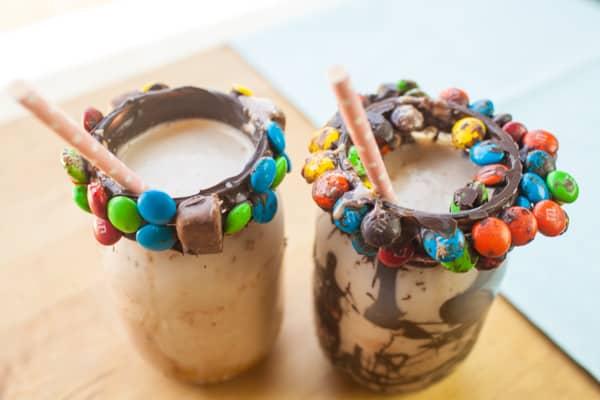 snicker shake