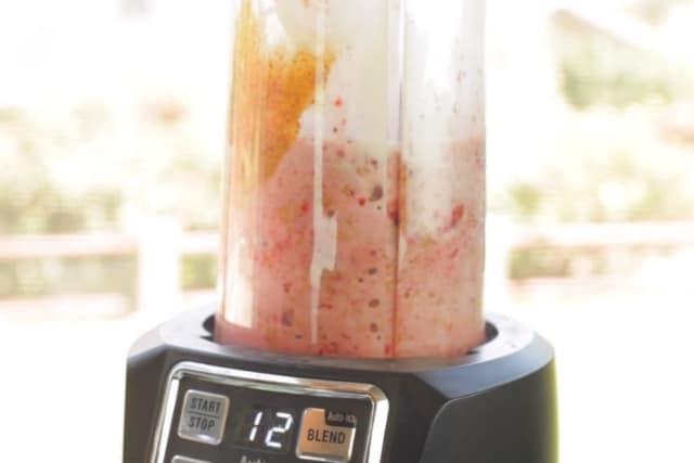 blending smoothie ingredients