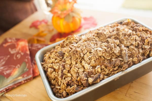 BEST Cinnamon Streusel Pumpkin Bread