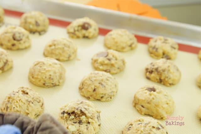 freshly baked coffee mint cookies on a baking sheet