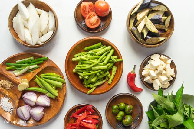 ingredients for vegetarian sinigang