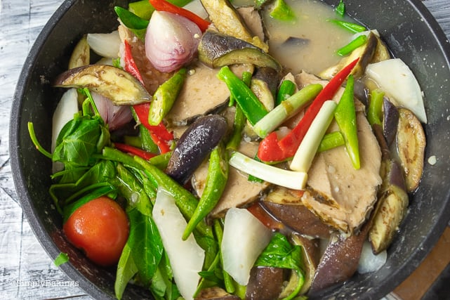 cooked vegetarian sinigang