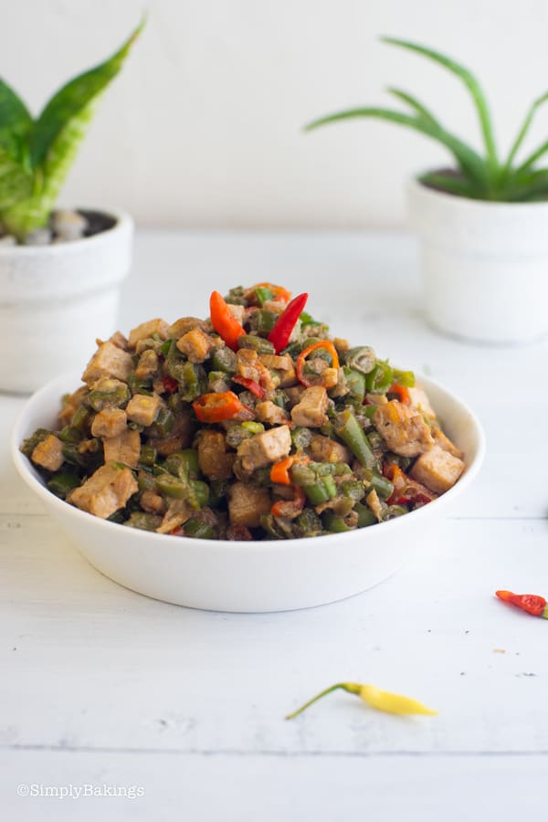 vegetarian Bicol Express on a white plate