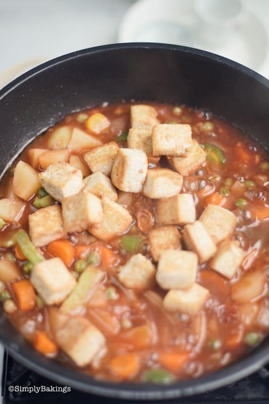 delicious and nutritious vegan chicken afritada in a pan