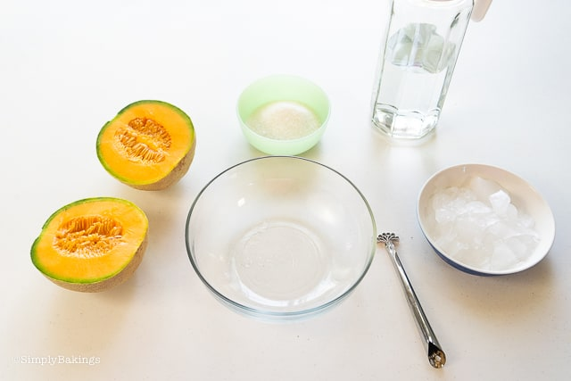 cantaloupe juice ingredients and tools