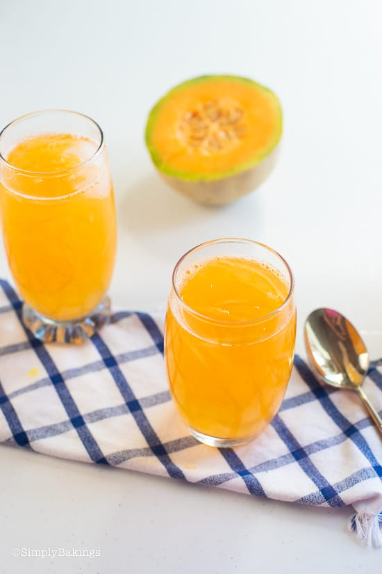 delicious and fresh cantaloupe melon in 2 glasses