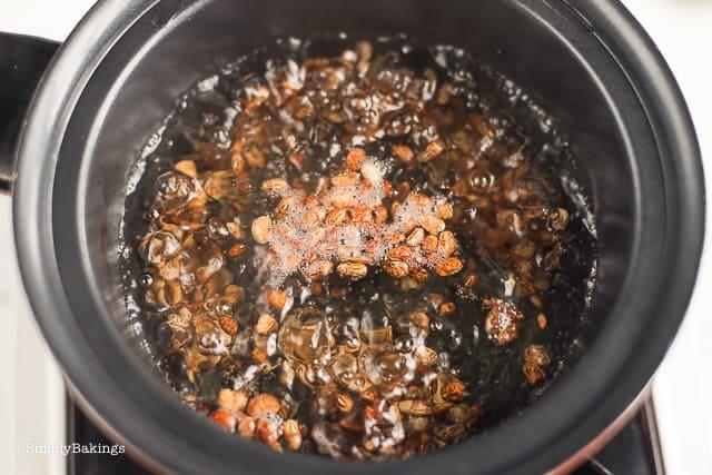 boiling soup of vegan cansi