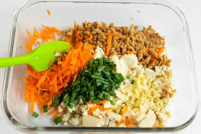 ingredients for vegetarian pancit molo filling