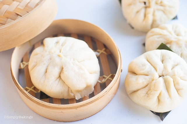siopao in a steamer