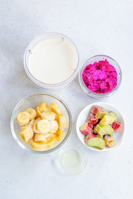 ingredients for dragon fruit smoothie