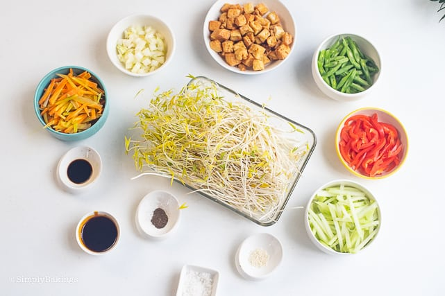 ingredients of Stir Fry Mung Bean Sprouts