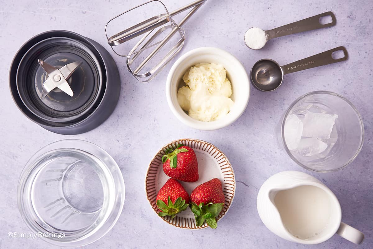 ingredients for strawberry whipped milk