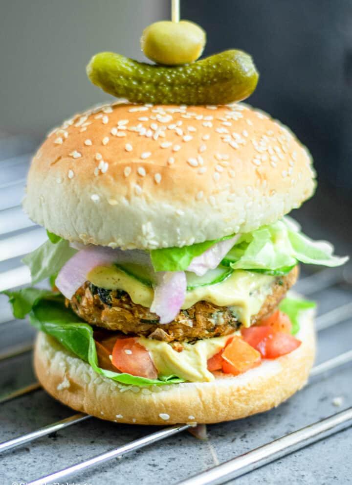 a delicious vegan oat burgers